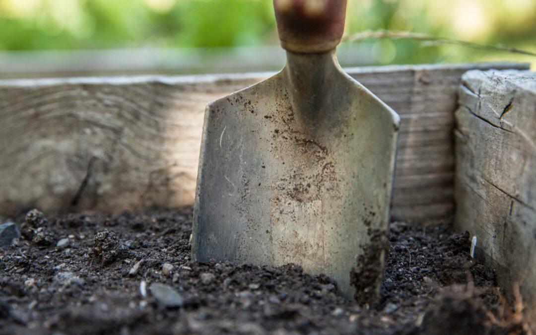 Winterizing Garden Tools